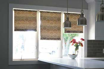 Creative Holmes easy roll shades